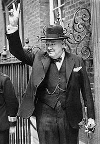 Churchill_V_sign_HU_55521