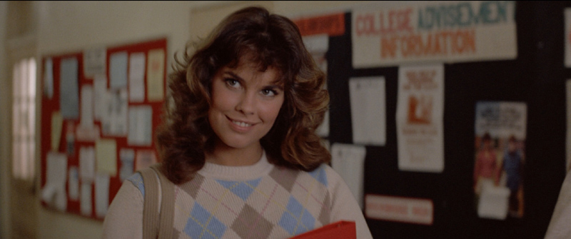 Leigh Cabot (Alexandra Paul) arrives at school