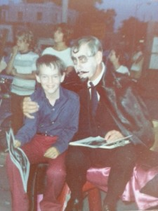 Sir Graves Ghastly with a young fan