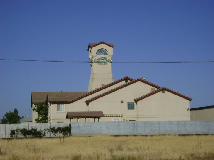 The Initial ZellaCon Hotel, thankfully, they moved to the Sacramento Hilton Arden West