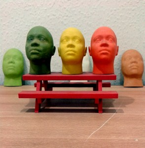Miniature_human_face_models_made_through_3D_Printing_(Rapid_Prototyping)