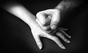 STOP-a-la-violencia-de-género-laboral-610x362