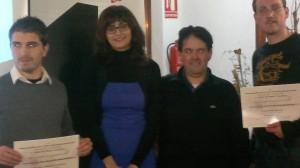 Los magníficos organizadores, Carolina y Angel. Con ellos los ganadores del Domingo Santos David Espasandín García y Aitor Solar
