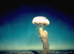 Columnar atomic cloud towering over isol