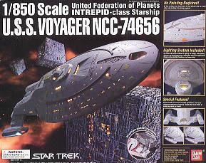 Bandai USS Voyager