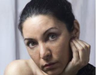 Daína Chaviano, entrevista a una escritora extraterrestre
