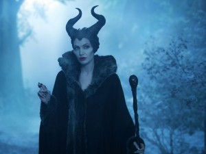 1401309270001-MALEFICENT-REVIEW-JOLIE