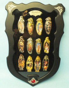 Boris Vallejo, full set of collector pocket knives for The Franklin Mint - in display case (also sold by the Mint)