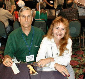 Figure 2 - David Drake & Billie Sue at a recent convention (Photo by Lyle Mosiman)