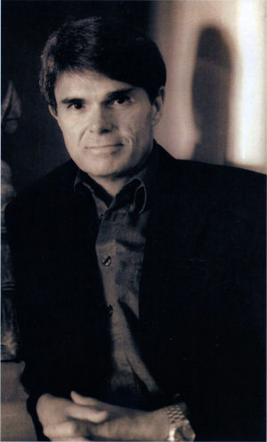 Figure 4 - Dean Koontz from jacket photo