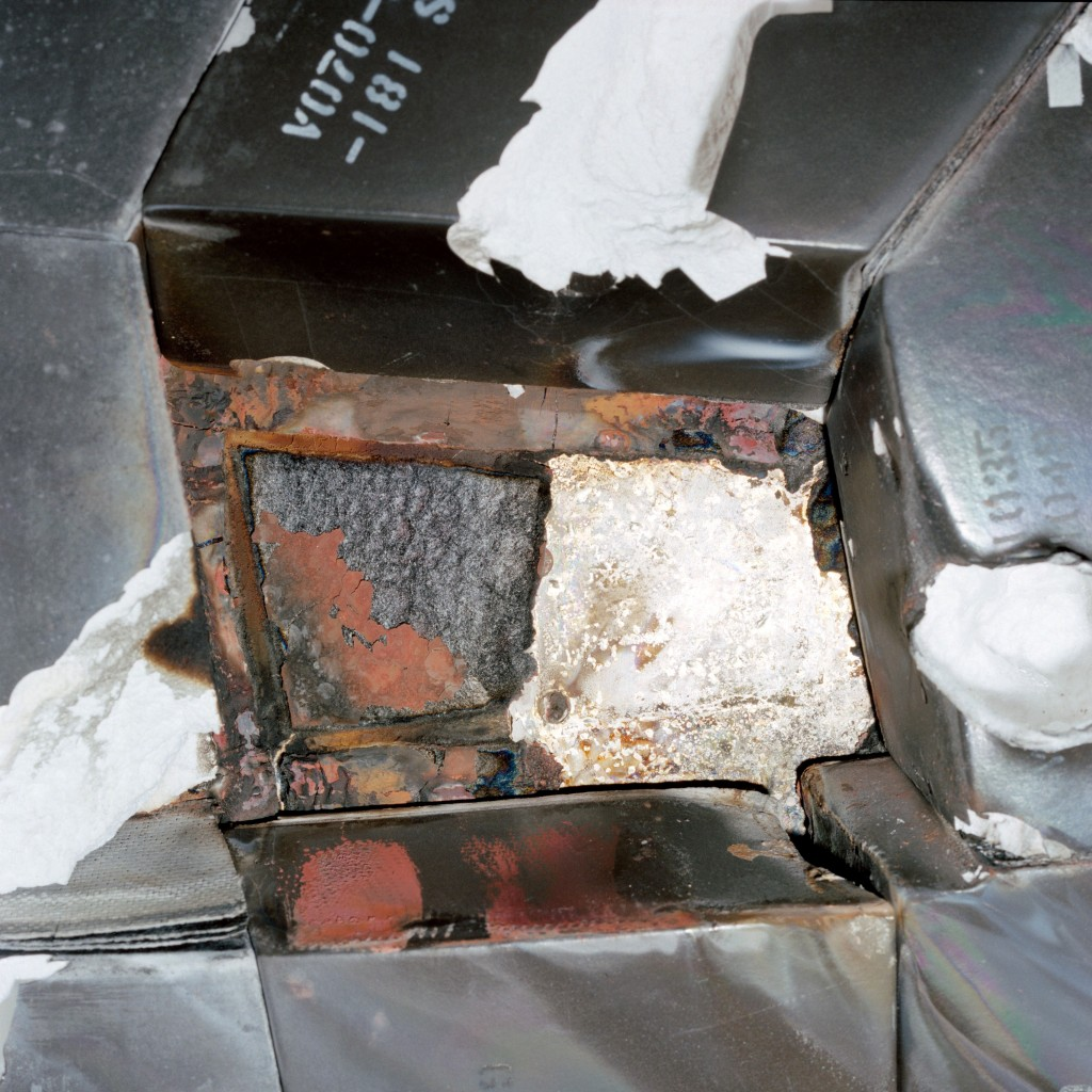 STS-27 Cavity caused by missing tiled