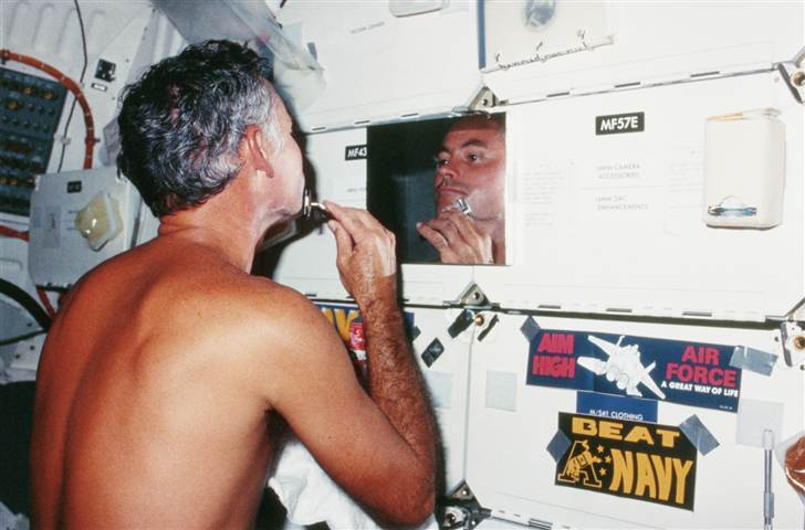 Shuttle Astronaut Mike Mullane on STS-41D (August 1984)