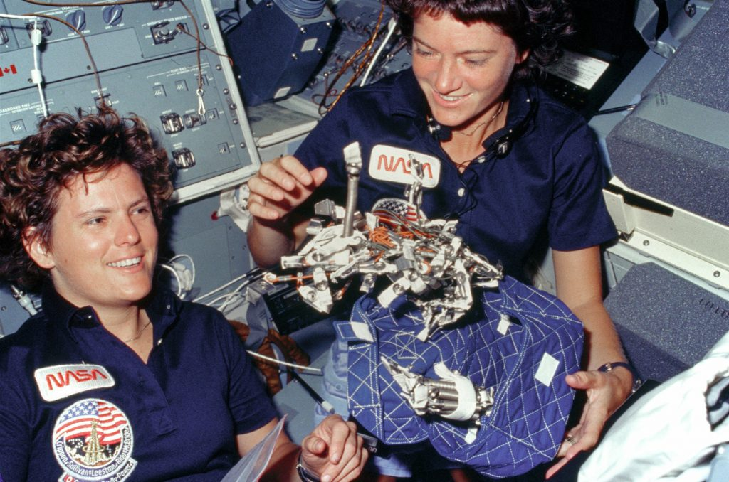 Sally Ride and Kathryn Sullivan on STS 41-G (October 1984)