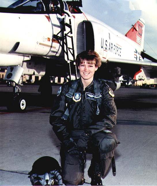 Eileen Collins at Air Force Test Pilot School (1990)