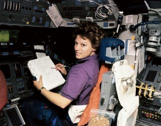 Eileen Collins: The First Woman Space Shuttle Commander