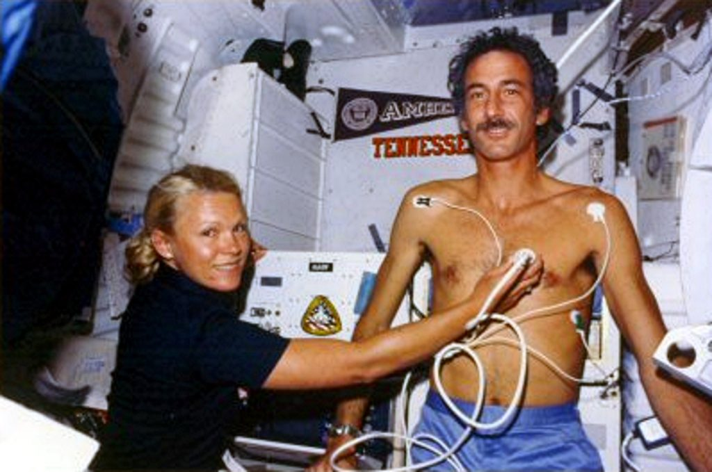 Rhea Seddon and Jeffrey A. Hoffman on STS-51D