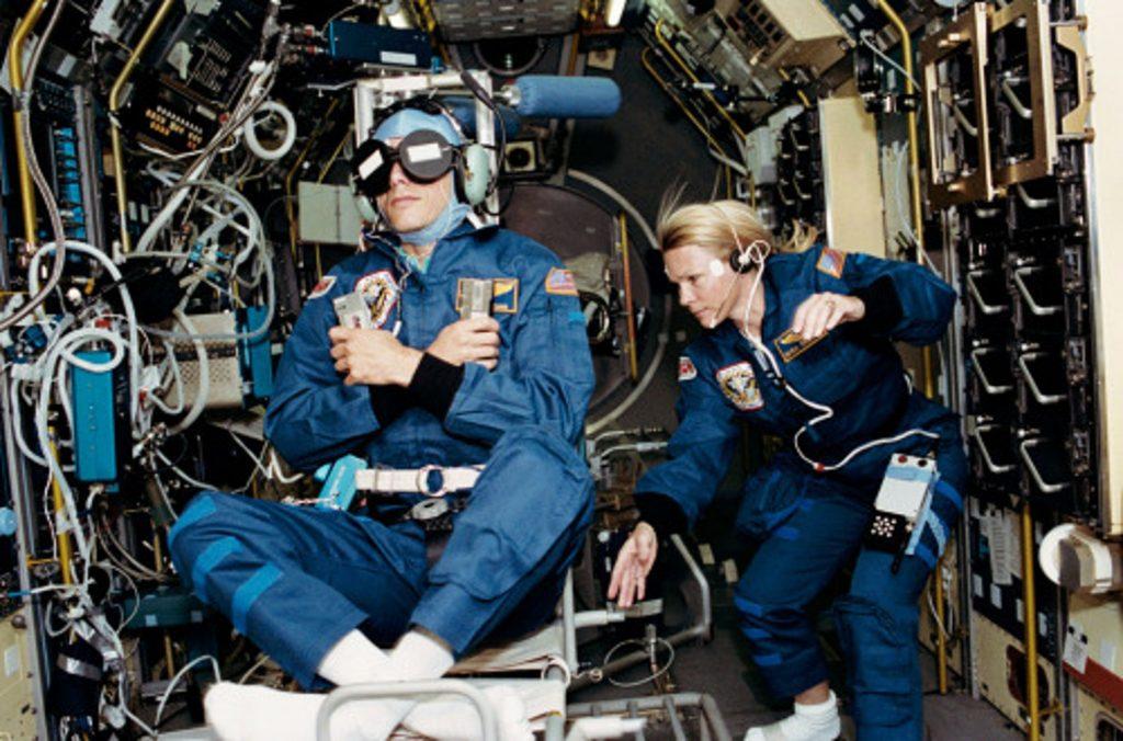 Rhea Seddon & Martin Fettman STS 58 Spacelab