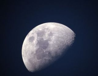 New Study Challenges Previous Conclusions About Water on the Moon