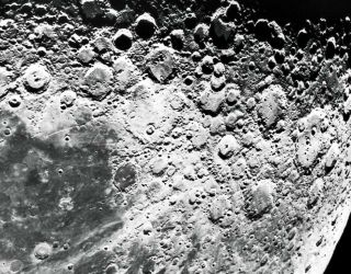 Giant moon crater could be great landing spot