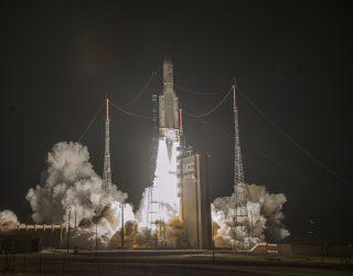 Ariane 5 launches two satellites on 7-year voyage to Mercury – Spaceflight Now